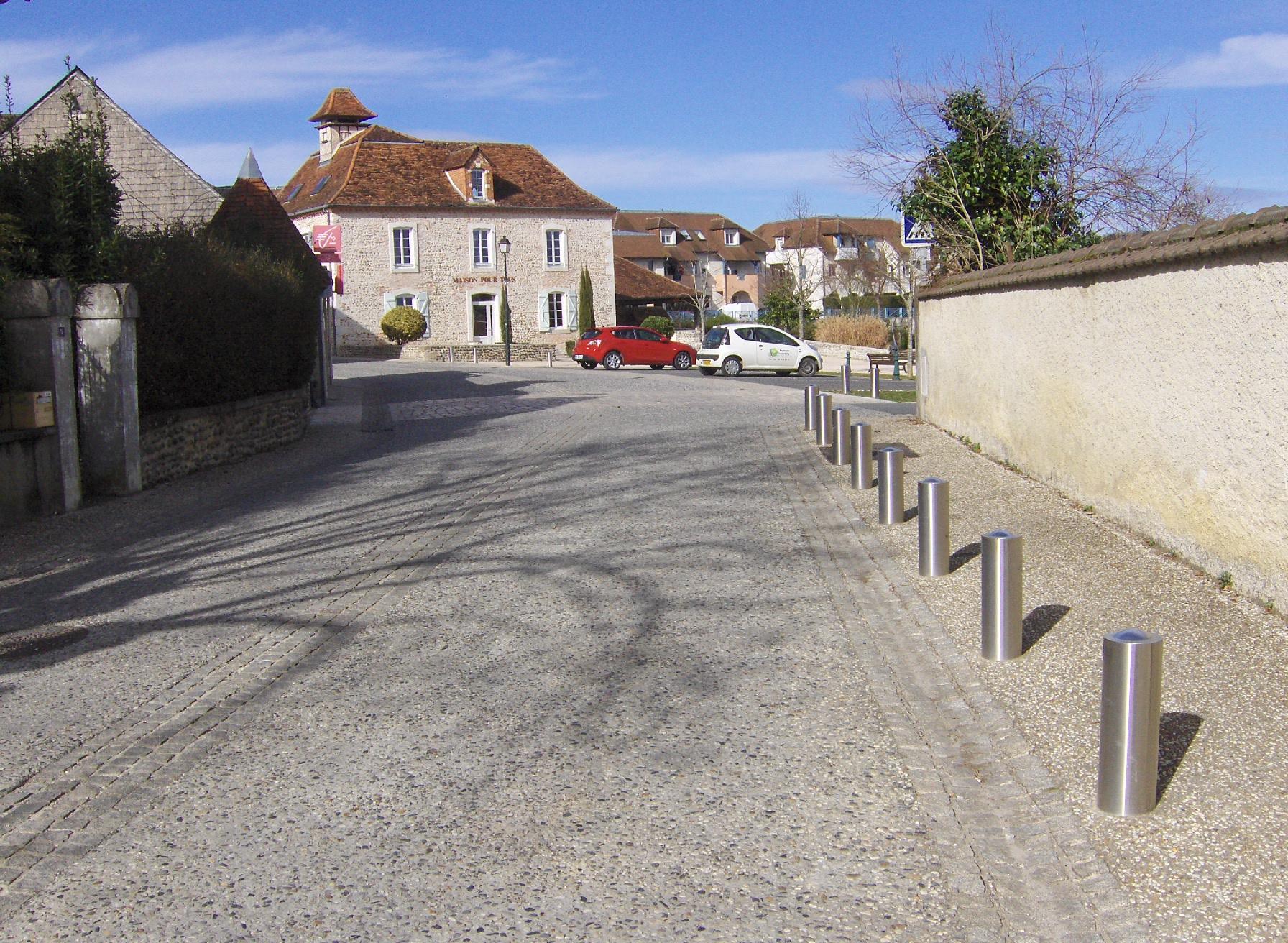 Aménagement du centre bourg de Sauvagnon URBANISME ET AMÉNAGEMENT